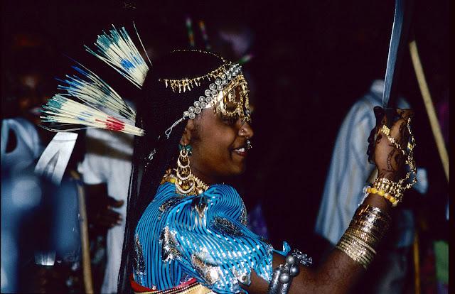 الزواج والافراح فى جيبوتى تتناغم العادات العربية والافريقية (( صور ))Djibouti  018%252520Mariage%252520afars%252520decembre%2525201990