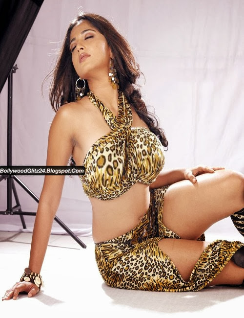 Bollywood Hot Wallpapers & Pictures