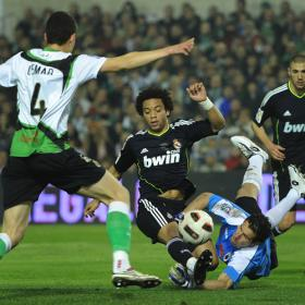Marcelo misses an clear opoortunity against Racing