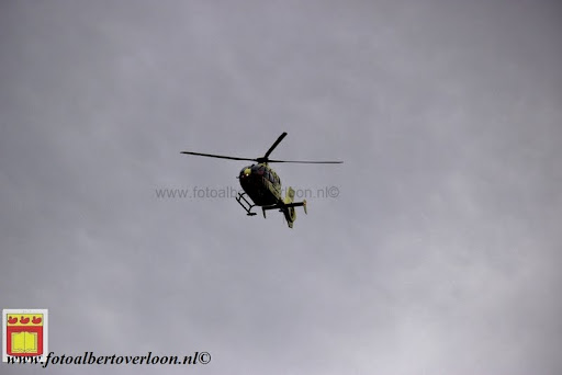 traumahelikopter landt in overloon 21-11-2012 (2).JPG