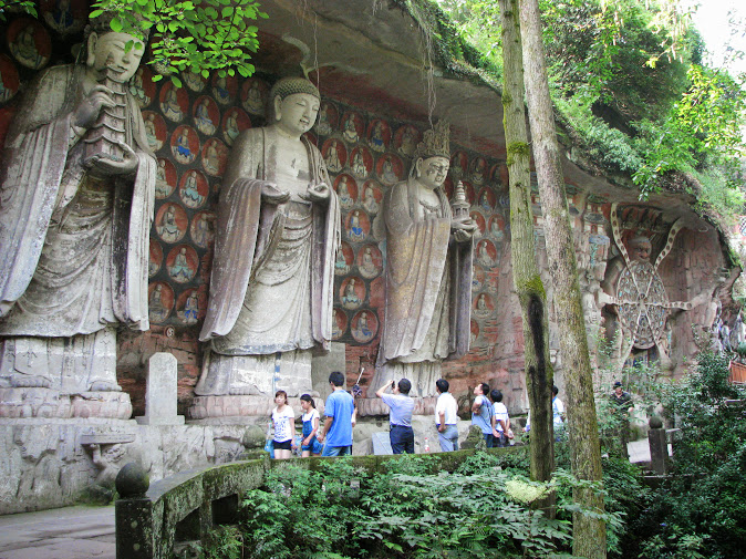 Dazu Grottos (Baoding Shan): Buddhist figures and the Wheel of Reincarnation