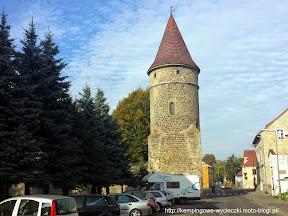 na zdjeciu brama bolesławiecka we Lwówku Śląskim