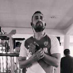 Damian Luna