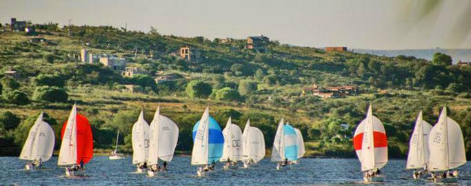 J/24s sailing Cordoba, Argentina