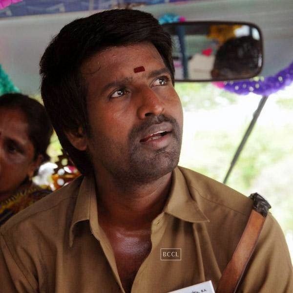 Soori in a still from the Tamil movie Pattaya Kelappanum Pandiya.