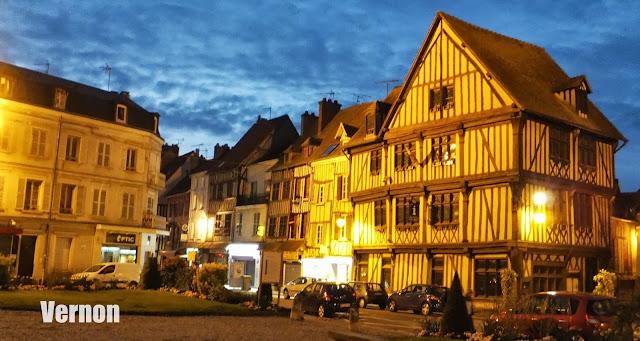 Ayuntamiento de Vernon, Francia, Elisa N, Blog de Viajes Argentina