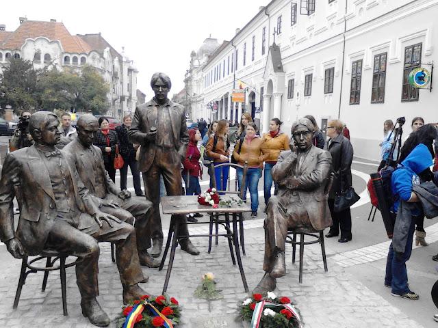Inaugurarea grupului statuar Holnaposok, liceul Ady Endre, Oradea #1