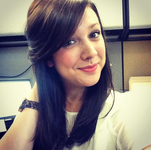 Average looking brunette