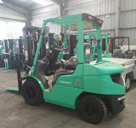 Xe nâng diesel 2.5 tấn Mitsubishi FD25NT