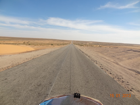 Marrocos e Mauritãnia a Queimar Pneu e Gasolina - Página 7 DSC06092