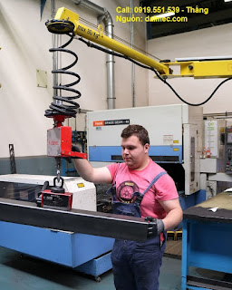 Cánh tay robot nâng hàng có móc cẩu Posifil