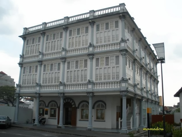 Muzium-Tekstil-Sarawak-Muzium-Tun-Jugah-Textile-Museum