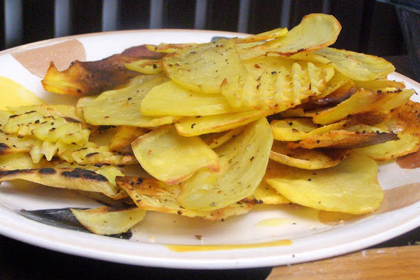 Razvan Anton cartofi cuptor condimente sare piper ulei plita