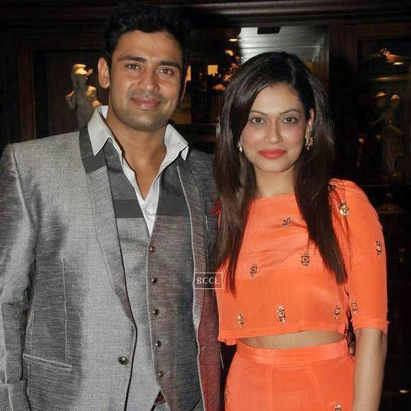 Sangram Singh poses with his girlfriend during his birthday party, held at Churchgate, on July 20, 2014.(Pic: Viral Bhayani)