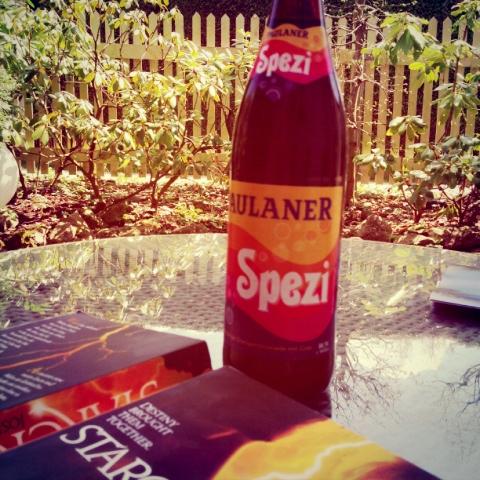 Beste: Buch, Sonne, Spezi