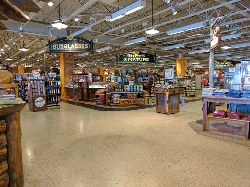 Bass Pro Shops, 1365 S 5th St, St Charles, MO 63301, USA,