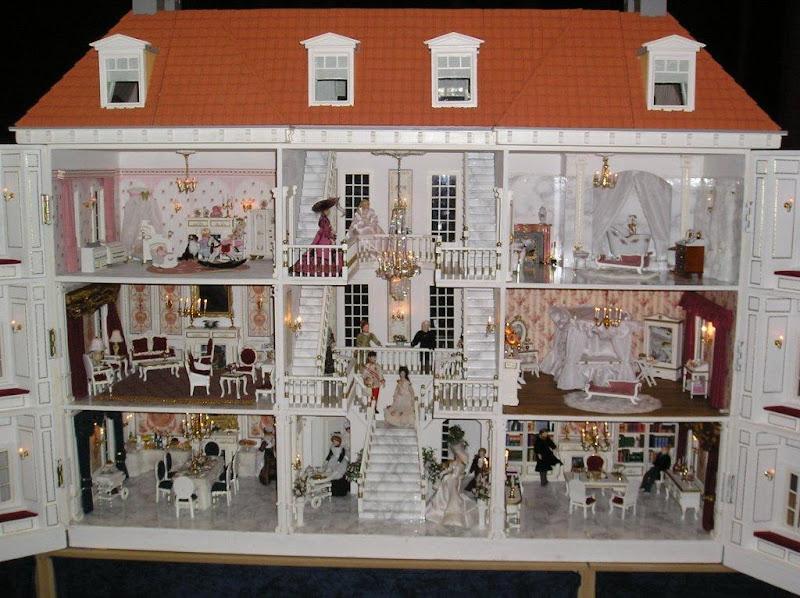 Poppenhuizen poppen miniaturenbeurs oktober 2012 for Poppenhuis bouwen