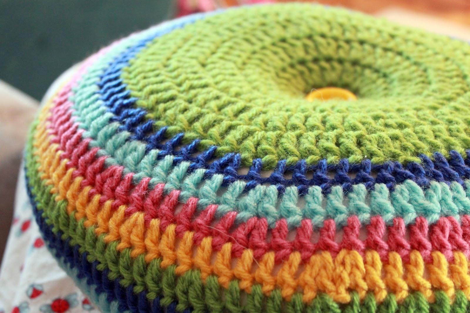 Punto doble y muchos colores trabajando en espiral y el resultado muy ...