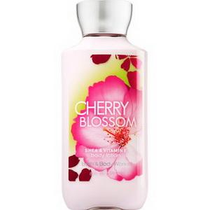 Lotion dưỡng da mỹ phẩm xách tay Bath and Body Works Cherry Blossom của Mỹ