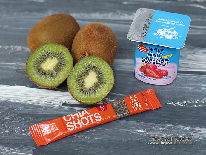Kiwi, Strawberry Yogurt and Chia Seeds Smoothie   www.thepeachkitchen.com