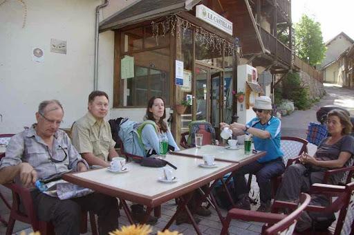 Pause café en attendant la première benne