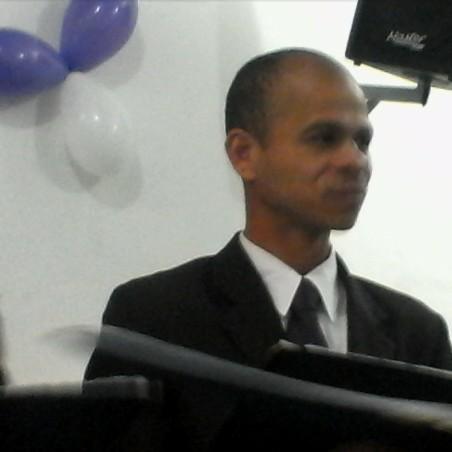 Eliab Souza