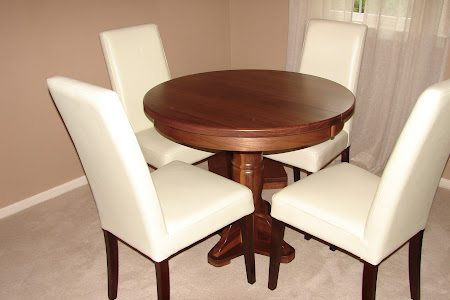 36 x30 Riverside Round Table in Natural Walnut