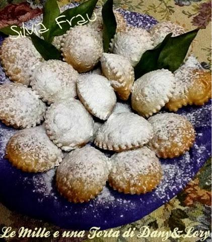 raviolini dolci con nutella e granella di nocciole