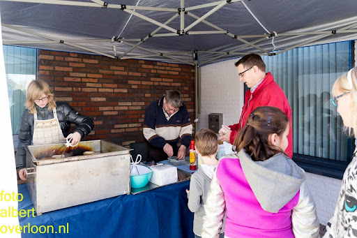 Kindermarkt - Schoenmaatjes Overloon 09-11-2014 (47).jpg