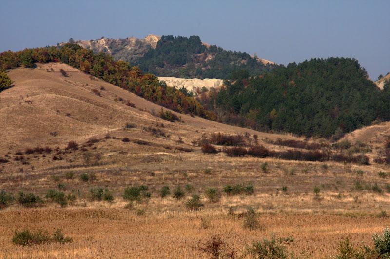 mici Buzau Berca fenomene geologice Romania diapir drumetie