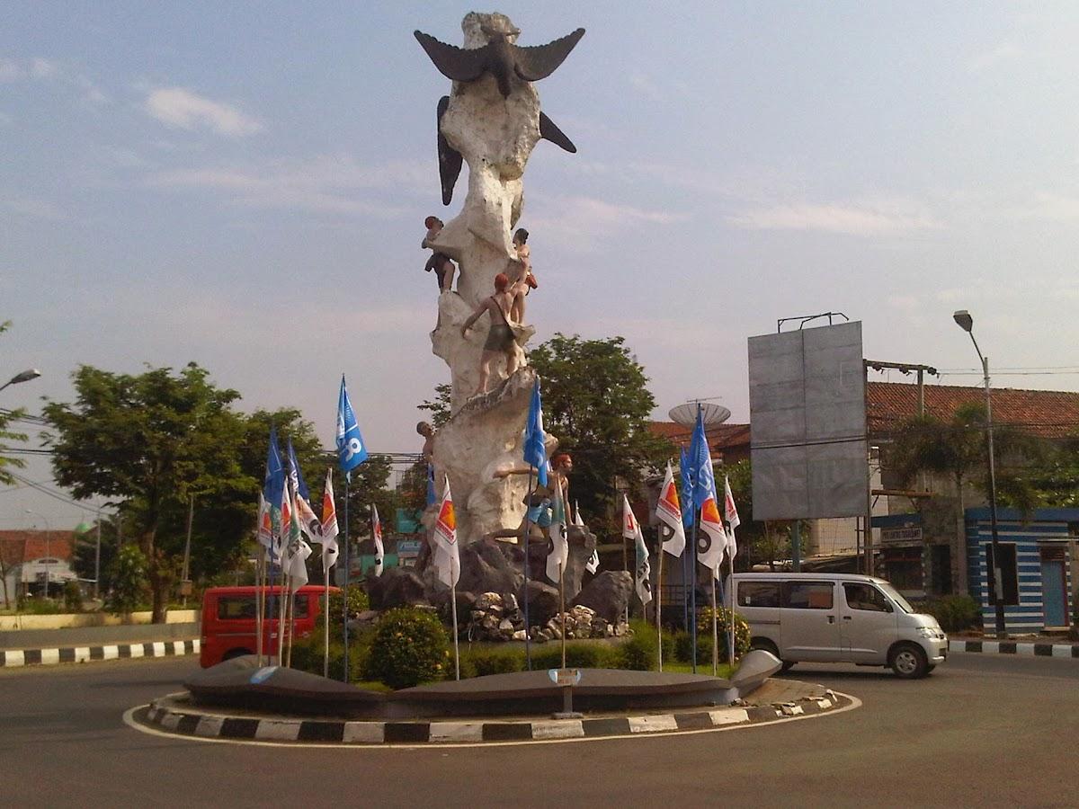 Kebumen Indonesia  city photo : Tugu Lawet, Tugu Walet, Kebumen Indonesia