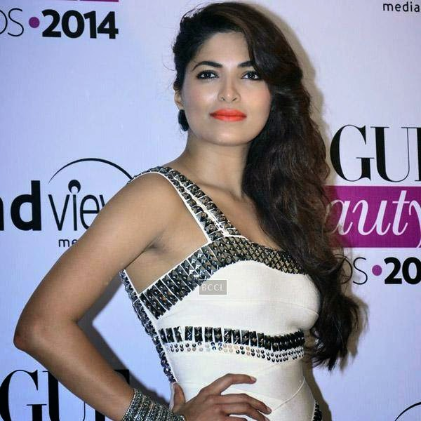 Miss India 2008 Parvathy Omanakuttan poses as she arrives for Vogue Beauty Awards 2014, held at Hotel Taj Lands End in Mumbai, on July 22, 2014.(Pic: Viral Bhayani)