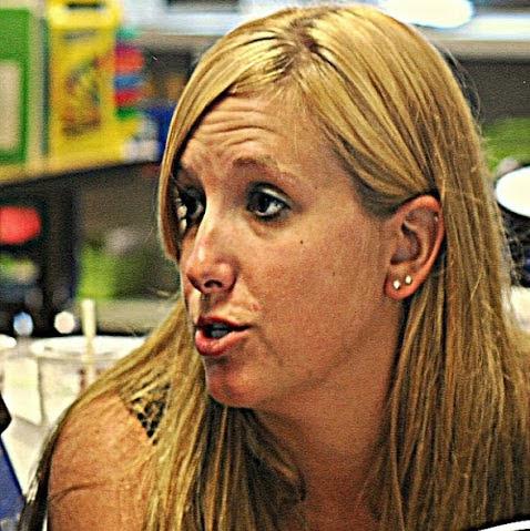 Ashley Goral