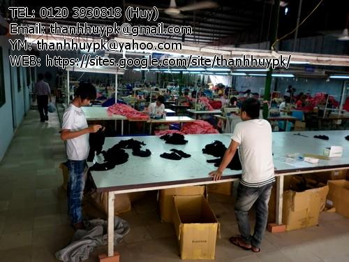hàng thời trang sau khi gia công xong sẽ được KCs kiểm duyệt  lại chất lượng trước khi đóng gói