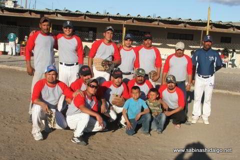 Equipo Vallecillo del torneo de softbol del Club Sertoma