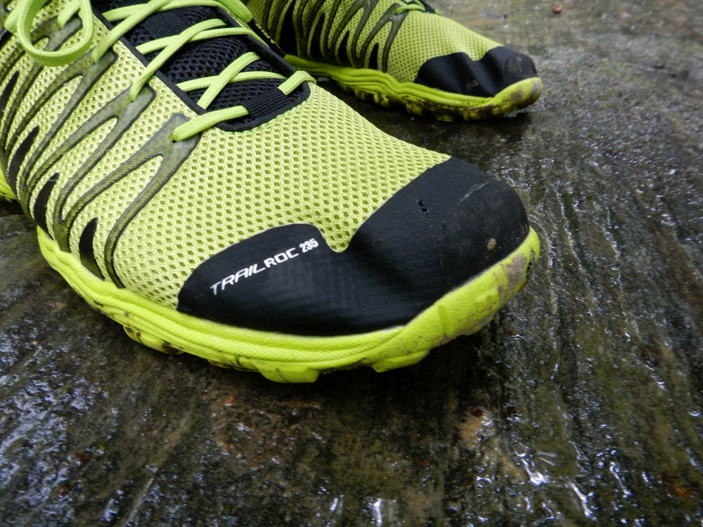 Inov-8 Trailroc 235 on wet rock