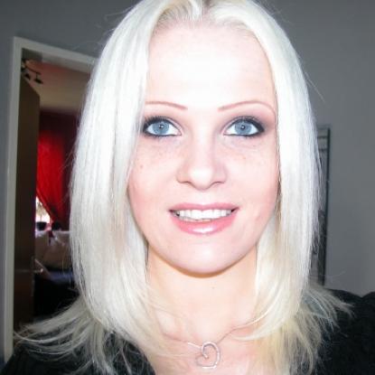 Anna Herrmann Nude Photos 27