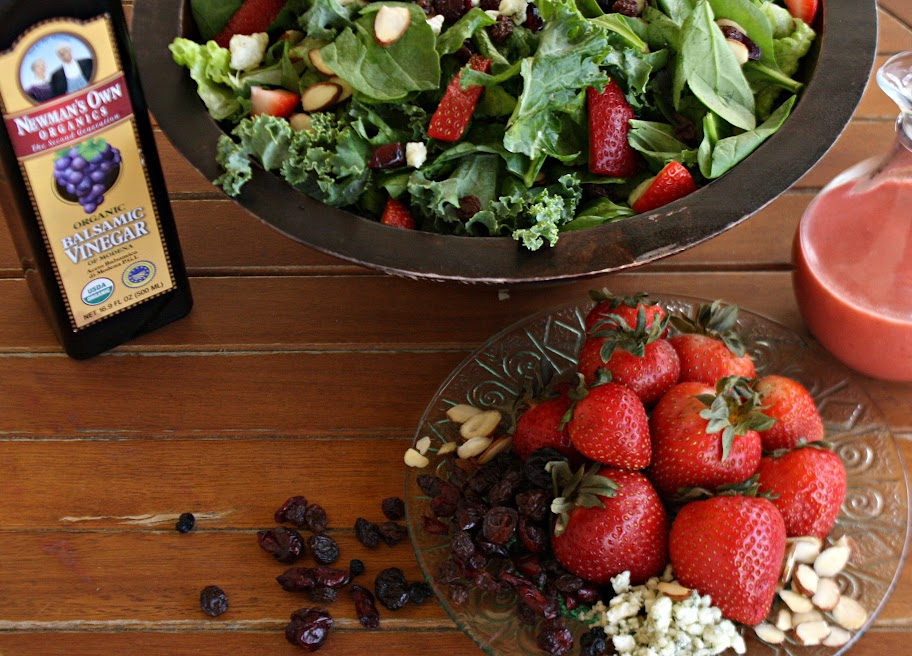 Strawberry Spinach and Kale Salad with Strawberry Vinaigrette {and Giveaway}