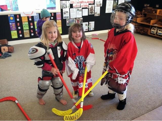 Geraldine Kindergarten: Ice Hockey Vs Field Hockey