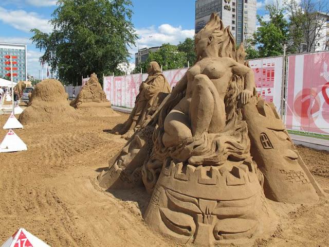 """Фестиваль песчаных склуьптур """"Белые Ночи Перми 2012"""""""