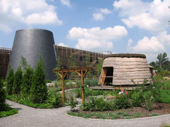Europejskie Centrum Bajki w Pacanowie - ogród