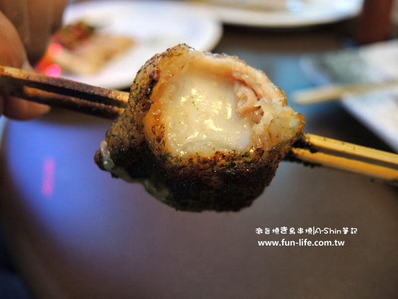 激旨燒鳥串燒 豬五花麻糬一咬開,滿滿的麻糬