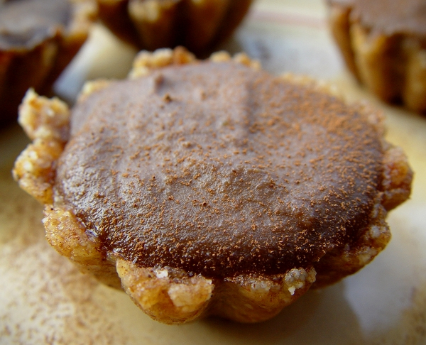 Vegan Hazelnut Mocha Mini Cheezecakes