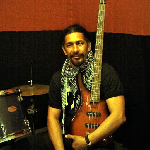 Giovanni Diaz Photo 28