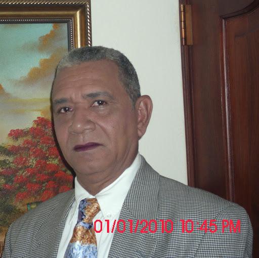 Hector Morel Photo 19