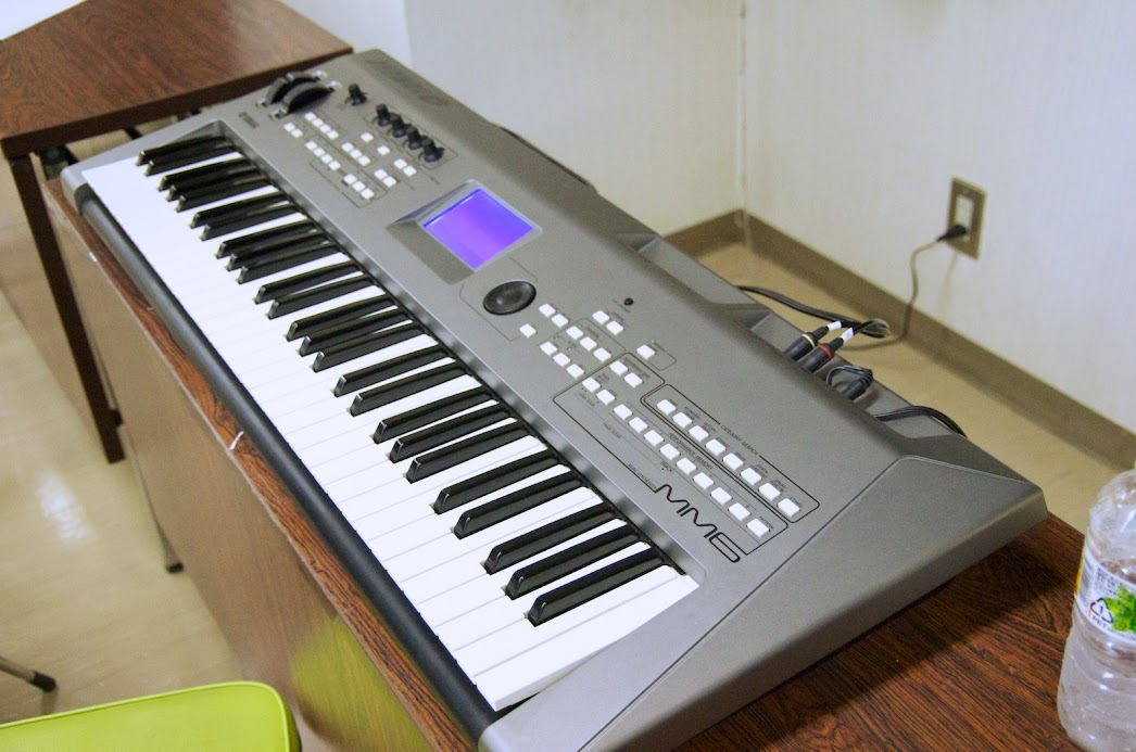 ヤマハ Music Synthesizer MM6