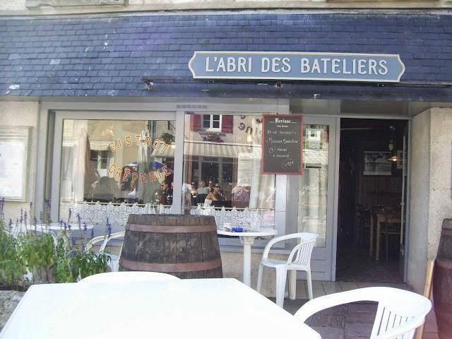 L'ABRI DES BATELIERS