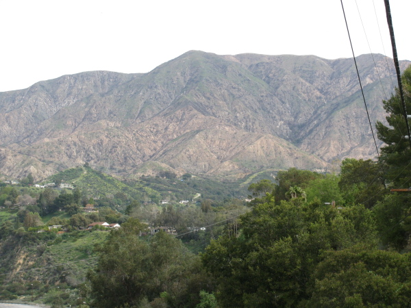 Hills above La Canada-Flintridge.