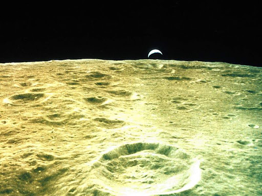 Earthrise over Moon.jpg