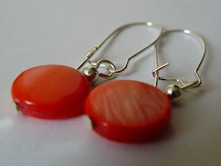 biżuteria z półfabrykatów - landrynkowa masa perłowa (kolczyki)